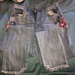 American eagle embroidered jeans